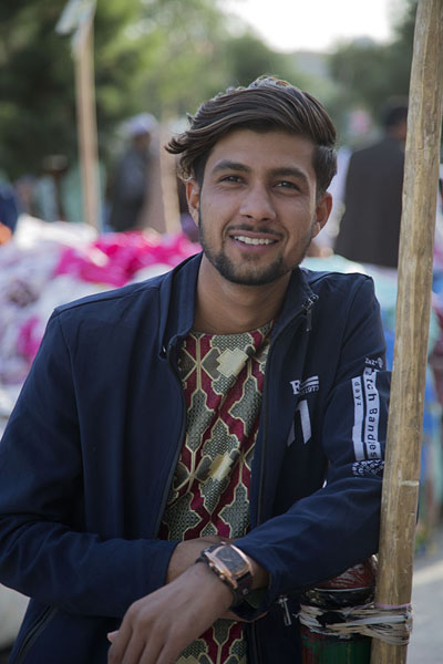 Foto van Fancy young man in the streets of Mazar-e-SharifAfghanen - Afghanistan