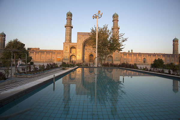Foto di First rays of sunlight reflected on the Friday Mosque of HeratHerat - Afghanistan
