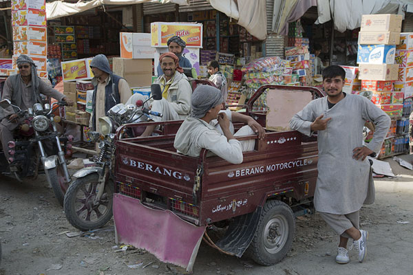 Young men in a motorized tricycle | Mazar-e-Sharif Bazaar | 阿富汗
