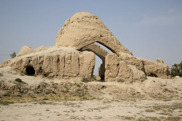 Picture of Old Balkh (Afghanistan): View of the ruins of the house of Jalal ad-Din Muhammad Balkhi, better known as Rumi