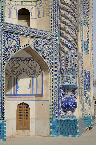 Picture of Old Balkh (Afghanistan): Blue and green tiles decorating the Green Mosque of Balkh