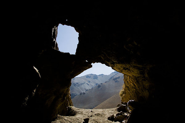 Foto van Looking out of an ice caveQazan - Afghanistan