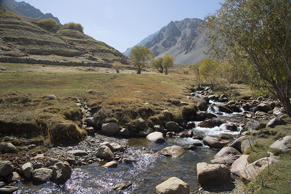 Picture of Qazan river running through the valley