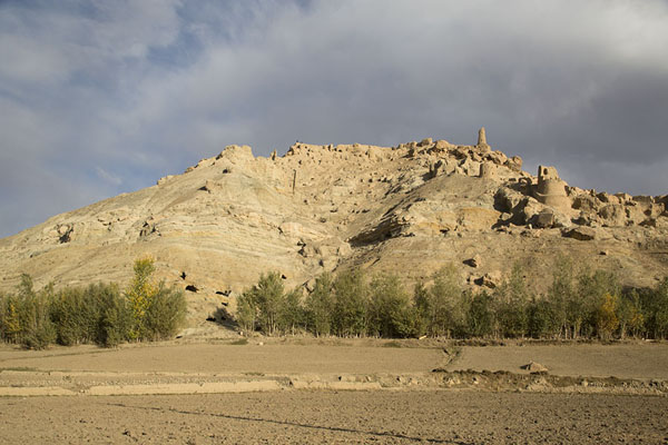 Picture of Shahr-e-Gholgola (Afghanistan): The City of Screams towering above empty fields