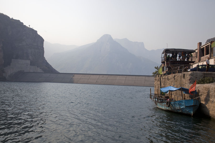 Looking towards the dam at the southern end of Lake Koman | Koman to Fierze boat | 阿尔巴尼亚