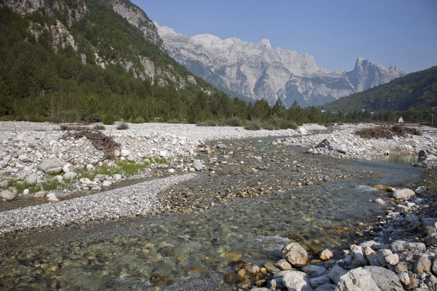 Foto di Looking towards the peaks north of Theth with Theth river in the foreground - Albania