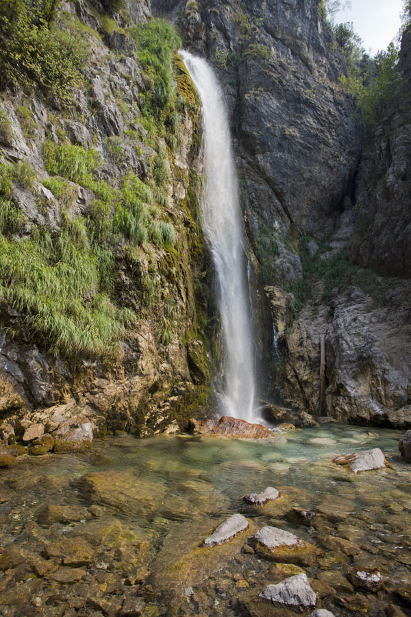 Foto van Waterfall coming down from the mountains close to Theth - Albanië