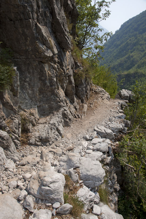 Picture of Theth (Albania): Rocky trail in the mountains around Theth