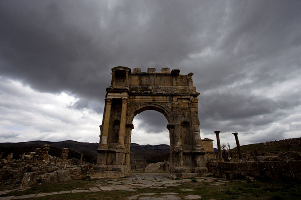 Picture of Arch of Caracalla, the south-eastern gate to DjemilaDjemila - Algeria
