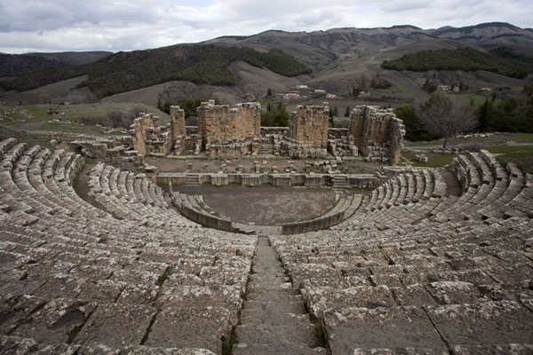 The amphitheatre with view over the surrounding mountains | Djemila | Algeria