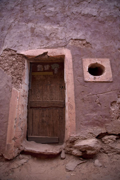 House in Timimoun with wooden door | Vielle ville de Timimoun | Algérie