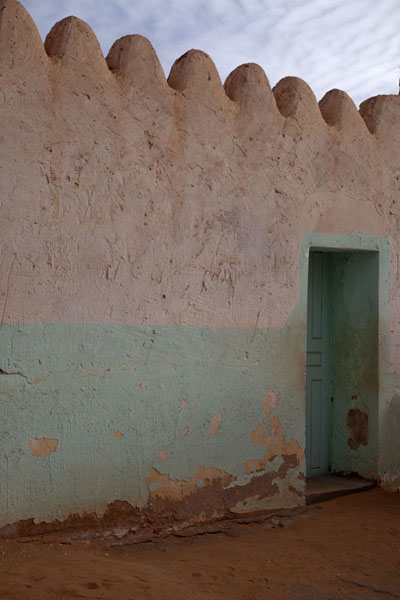 One of the few houses painted white and green in Timimoun | Timimoun Old Town | Algeria