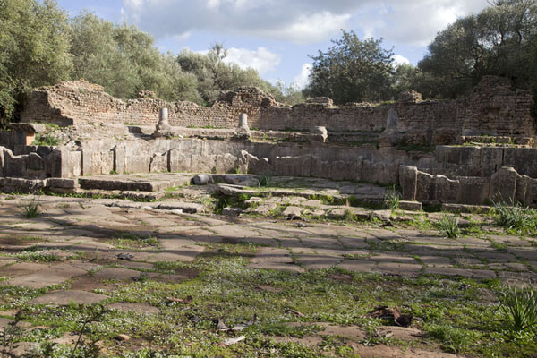 Picture of Tipaza (Algeria): Nymphaeum of Tipaza, largely in ruins
