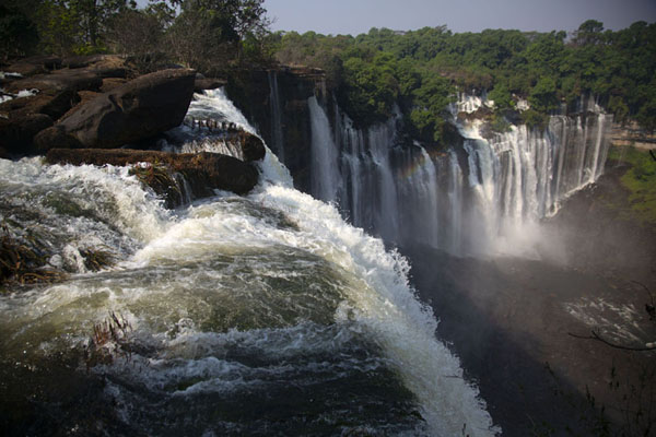 Foto van View of Kalandula Falls from the topKalandula - Angola