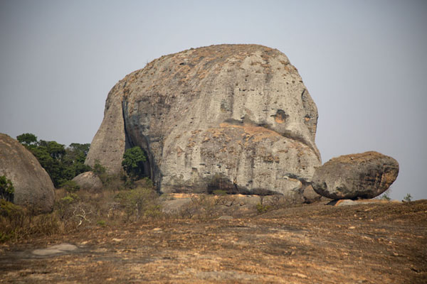 Giant rock at Pungo Andongo - 安哥拉