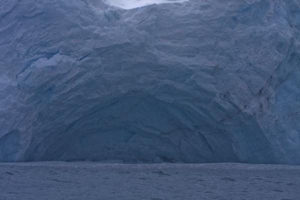 Ice cave in the enormous glacier face at Point Wild | Point Wild | Antártida