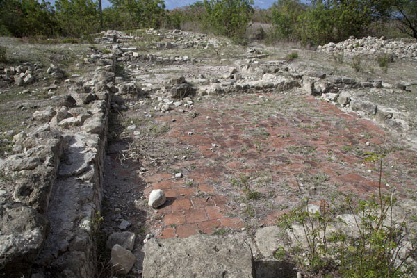 The layout of the Great House was uncovered by archeologists | Betty's Hope Plantation | Antigua en Barbuda