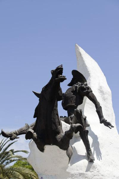 Picture of Avenida 9 de julio (Argentina): Sculpture of Don Quijote on Avenida 9 de Julio