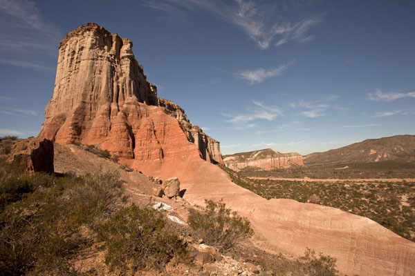 Picture of El Chiflón (Argentina): View of the steep red cliffs at El Chiflón