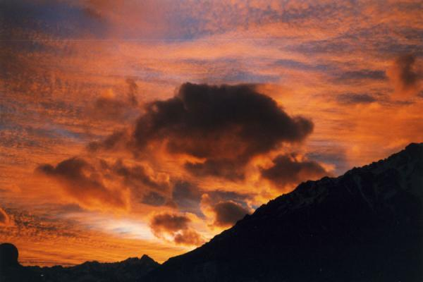 Foto de Sunset over the Andes at Puente del IncaPuente del Inca - Argentina