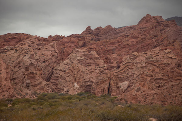 Rugged red mountains at the Quebrada de las Conchas | Quebrada de las Conchas | Argentina