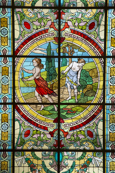 Foto van Colourful stained glass windowTeatro Colón - Argentinië