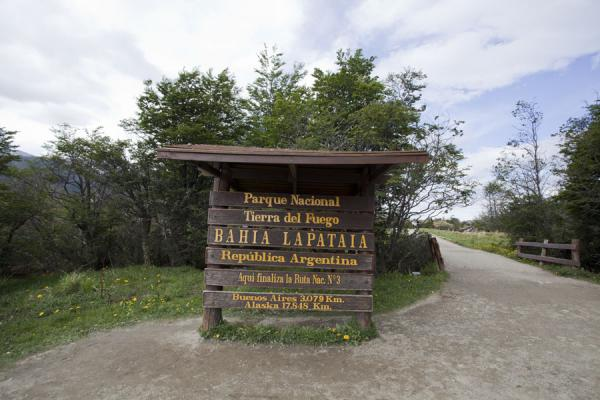 Very end of the Panamericana: the end of RN 3 at Lapataia | Tierra del Fuego National Park | Argentina