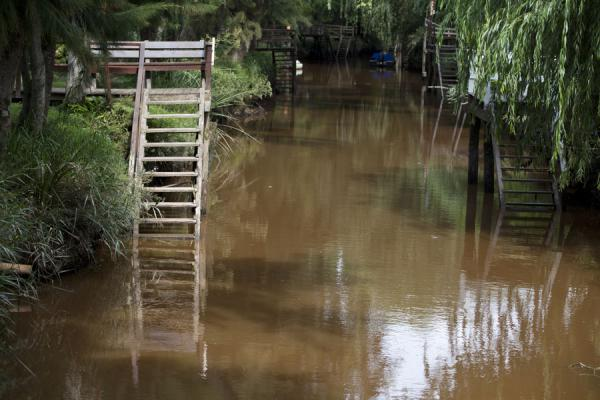 Typical scene in the Paraná delta: wooden stairs on a canal | Tigre Paraná Delta | Argentina