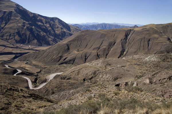 Looking down into the Cuesta del Obispo | Valles Calchaquies | l'Argentine
