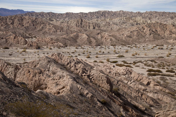 View of the rugged mountain landscape at the Quebrada de las Flechas | Valles Calchaquies | l'Argentine