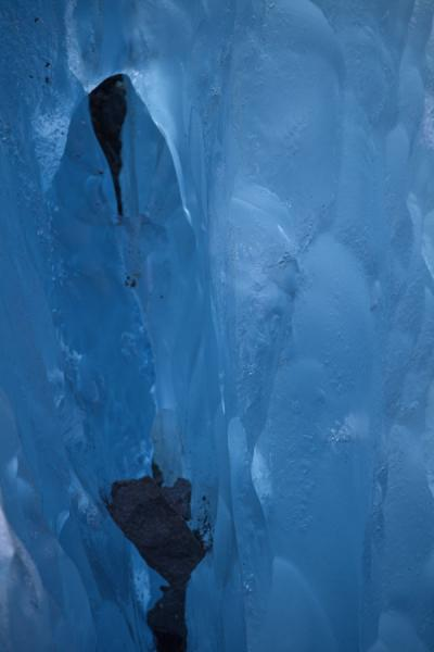 Picture of Viedma Glacier (Argentina): The blue inside of Viedma Glacier
