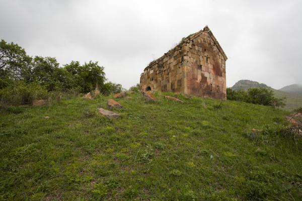 Picture of Ardvi (Armenia): Looking up the Chapel of the Holy Cross at the entrance of the Ardvi