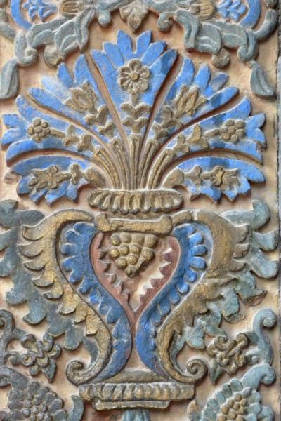 Detail of decoration on a wall inside Ejmiatsin Cathedral | Cattedrale di Echmiadzin | Armenia