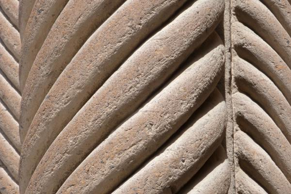 Close-up of columns of Ejmiatsin Cathedral | Ejmiatsin Kathedraal | Armenië