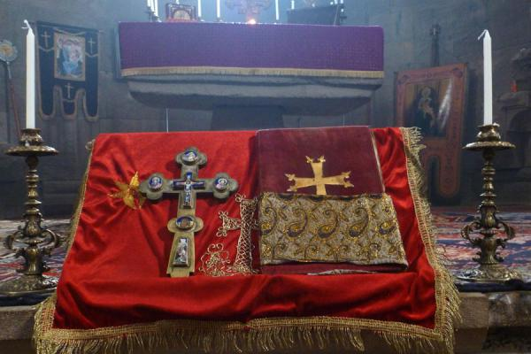 Picture of Gandzasar Monastery (Armenia): Crosses and bible at the altar of Cathedral of St. John the Baptist