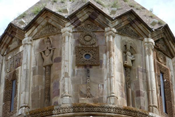 Close-up of the tambour of Cathedral of St. John the Baptist with exquisite carvings | Gandzasar Monastery | Armenia