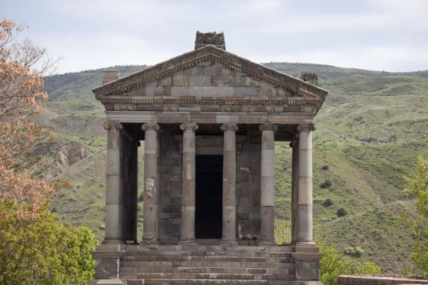 Frontal view of the temple of Garni | Garni temple | Armenia