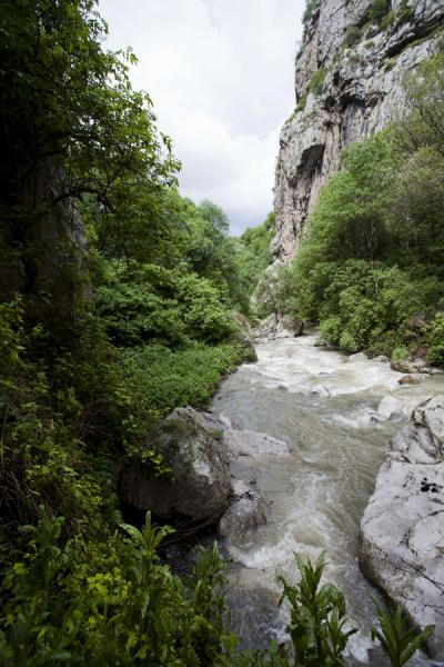 View of a narrow stretch of the Karkar gorge | Karkar gorge hike | Armenia