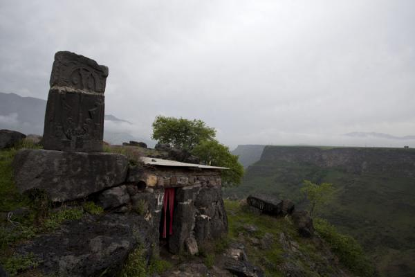 Picture of Kobayr Monastery (Armenia): The edge of the Debed Canyon: small chapel from which a trail leads down to Kobayr Monastery