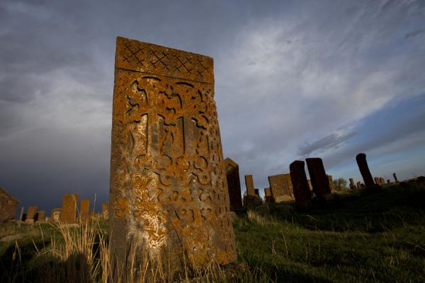 View of the field of khachkars at Noratus | Noratus chatsjkars | Armenië