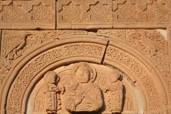 Fine carvings by Momik above the entrance to the mausoleum of the Orbelians | Monastero di Noravank | Armenia