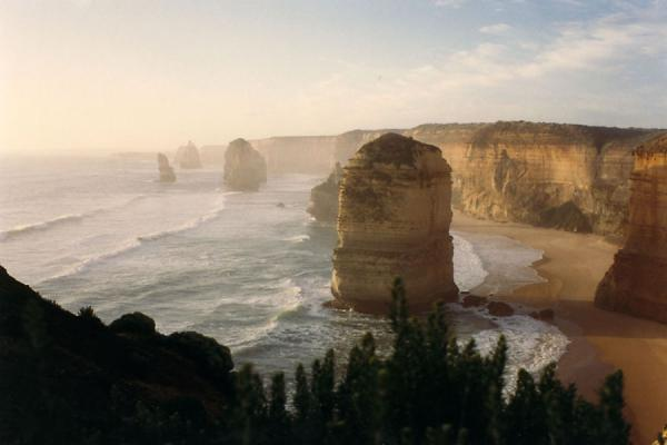 Foto van The Apostles in the morningGreat Ocean Road - Australië