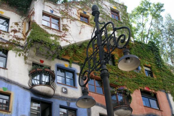 Colours and nature are the basic characteristics of the Hundertwasserhaus | Hundertwasser Haus | Austria