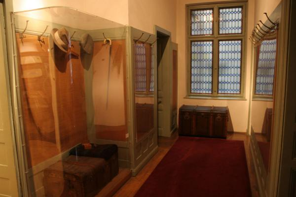 Picture of Sigmund Freud: entrance of his practice