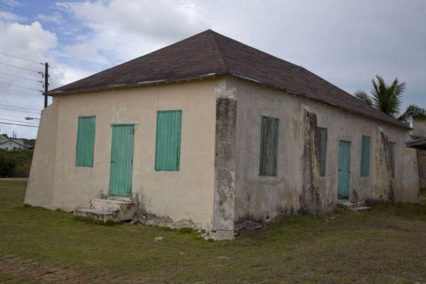 The old school building in Port Howe, right at the coast leading to Columbus Point | Columbus Point | Bahamas