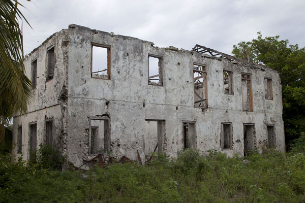Ruins of the mansion of Andrew Deveaux, who resisted Spanish occupation of the Bahamas | Columbus Point | Bahamas