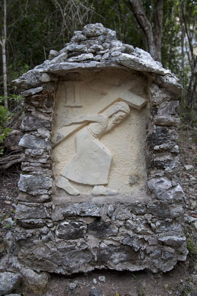 The path leading up Mount Alvernia is adorned with depictions of the Via Crucis | Mount Alvernia Hermitage | Bahamas