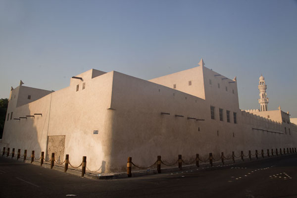 Photo de Bahrain (Exterior view of Bait Sheikh Isa Bin)
