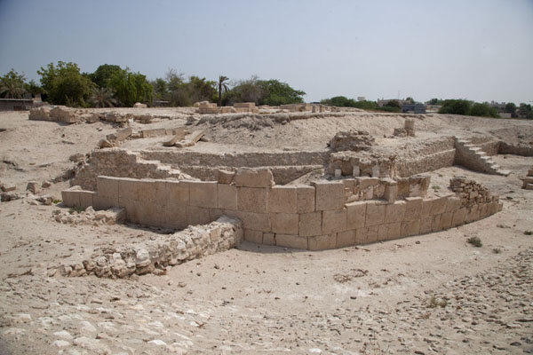 Overview of Barbar temple with ruined walls outlining the three different temple complexes | Barbar temple | Bahrain