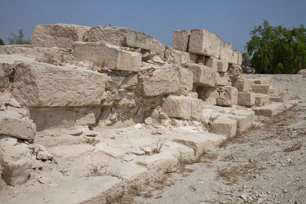 Picture of Remains of one of the temples of Barbar, constructed of limestone quarried at Jidda Island